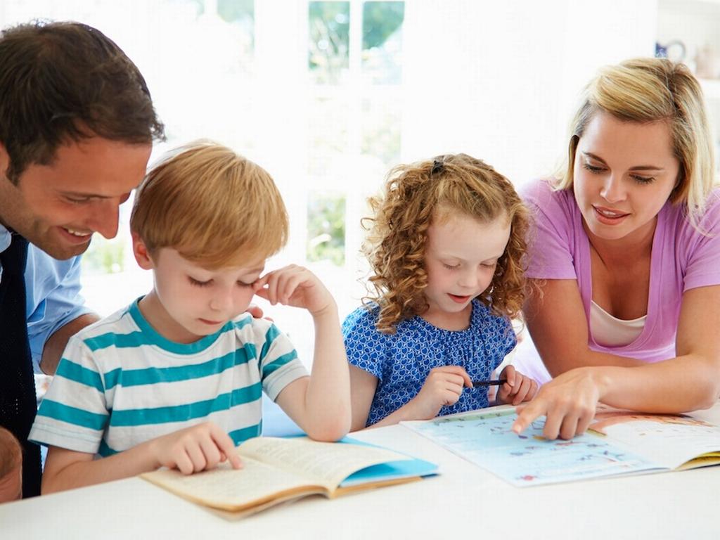 Αποτέλεσμα εικόνας για Η προσαρμογή του παιδιού στο σχολείο και ο ρόλος των γονιών, της Βασιλικής Παππά